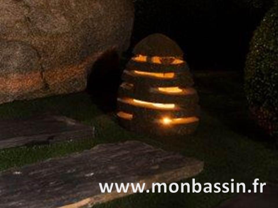 lanterne japonais zen jardin bassin