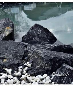 pierre noir - berge - bassin - ou trouver des pierres de bassin